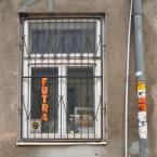 """miastokielce """"Ul. Orla; Kielce"""" (2014-10-13 09:39:19) komentarzy: 1, ostatni: Chyba jeszcze nie całkiem nieżywe, bo za kratami..."""