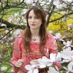 """asiasido """"Portret w magnoliach 3"""" (2015-05-11 18:07:19) komentarzy: 1, ostatni: po prostu nie wierzę :( taka dobra seria i bez komentarza"""