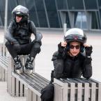 """mikotaj """""""" (2015-08-13 17:18:18) komentarzy: 3, ostatni: w rolkach na motocykl? ;)"""