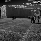 """Zeny """"Zapiski z podróży...Sztokholm"""" (2015-08-23 18:54:06) komentarzy: 13, ostatni: Frontem do nas stoi wartownik jak malowany i tego pilnuje - jesteśmy na terenie Zamku Królewskiego....:)"""