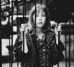 """valmont64 """"niegrzeczna dziewczynka"""" (2016-02-27 09:13:06) komentarzy: 3, ostatni: niezłe"""