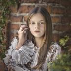 """Asiusia76 """"Dominika"""" (2016-09-13 20:12:16) komentarzy: 5, ostatni: oczy jak orzechy :)"""