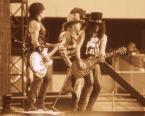 "f a b r o o ""Guns N Roses"" komentarzy: 2 (2017-06-27 22:43:41)"
