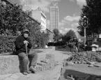 """KasTym """"Starość w wielkim mieście"""" komentarzy: 0 (2017-11-06 12:40:14)"""