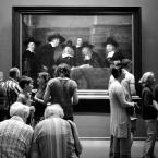 """wakawaka """"A"""" (2017-11-14 18:39:49) komentarzy: 11, ostatni: Widzowie nie zdają się wielce zainteresowani jednym z ostatnich obrazów Rembrandta """"Syndycy cechu sukienników""""...w przeciwieństwie do spojrzeń z obrazu...super fotografia"""