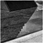 """barszczon """"""""próba oswojenia wizualnego pewnej bryły architektonicznej nie pasującej do otoczenia w którym się znalazła"""""""" komentarzy: 3 (2018-11-18 18:19:32)"""